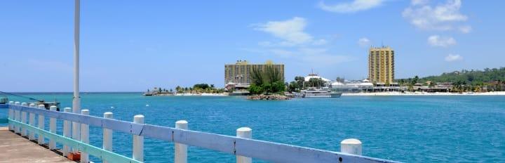 Ocho Rio havn i Jamaica - Krydstogt i Caribien