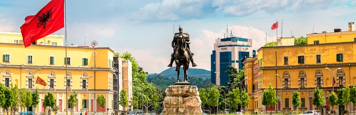 Tirana i Albanien