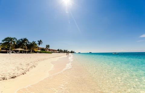 Sevn Mile Beach på Grand Cayman.
