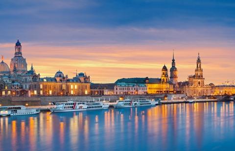 Aftenbelysning på kulturbyen Dresden.