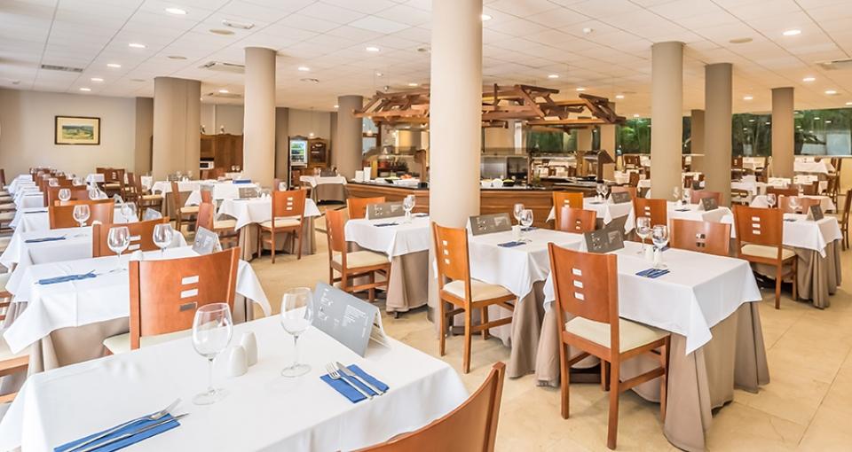 Restauranten på Aluasun Lago Rojo Hotel.