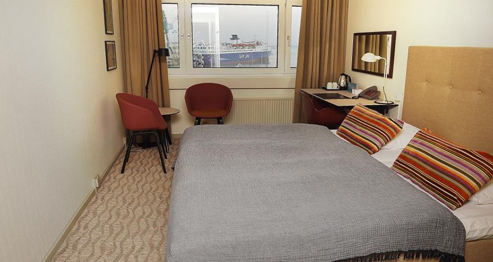Eksempel på et standard dobbeltværelse på Hotel Jutlandia.