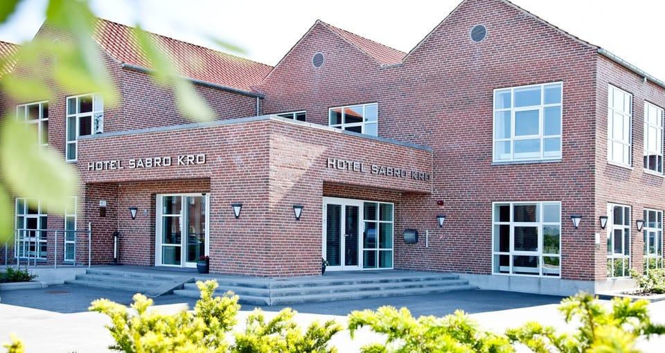 Vi bor på det dejlige Hotel Sabro Kro lidt uden for Århus centrum.
