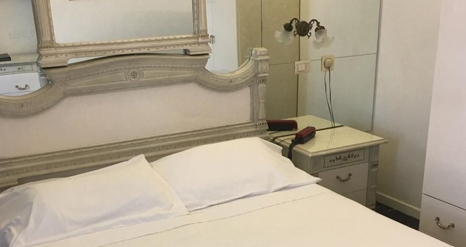 Standardværelse på Grand Hotel Michelacci.