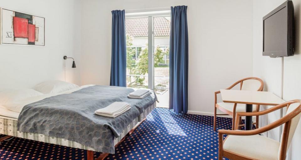 Eksempel på dobbeltværelse på Hotel Årslev Kro.