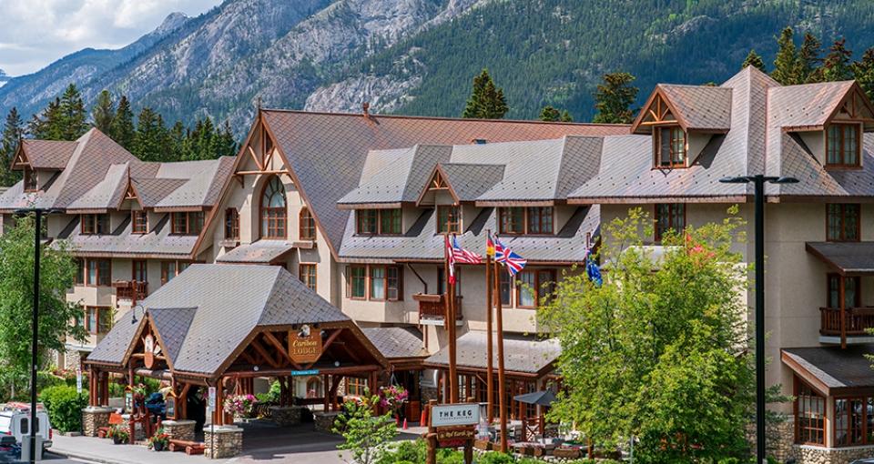 Velkommen til Banff Caribou Lodge.