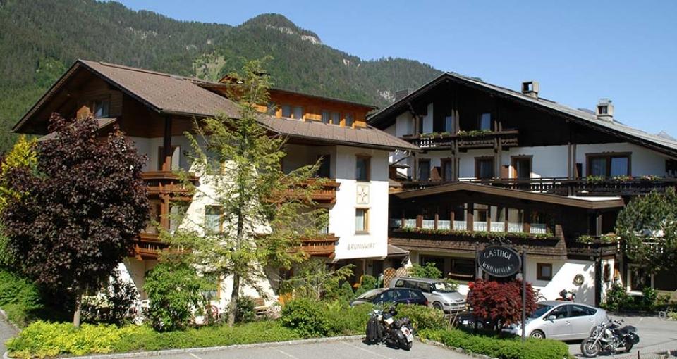 Hotel Brunnwirt er bygget i typisk østrigsk stil med masser af træ.