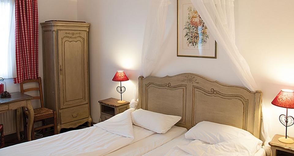 Eksempel på dobbeltværelse på Hotel La Ferme du Pape.