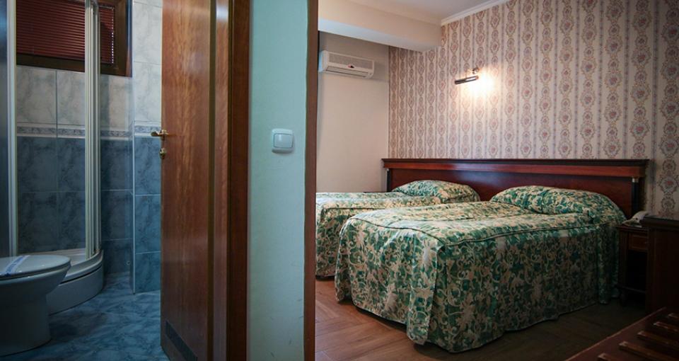Standardværelse på Hotel Millenium Palace.