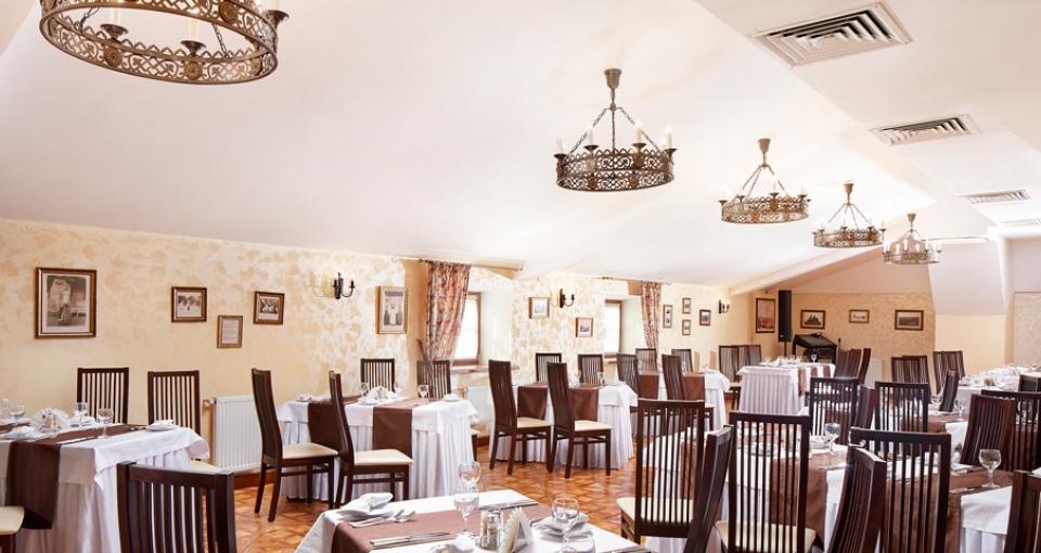 Restauranten på Hotel Monastyrski.