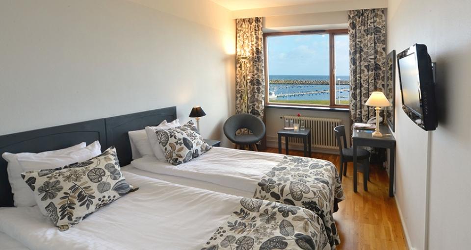 Eksempel på dobbeltværelse med havudsigt på Hotel Svea.