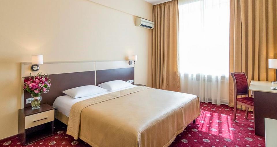 Standardværelse på Hotel Ukraine.