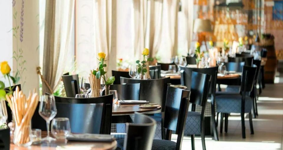 Restauranten på Wellton Riga Hotel & Spa.