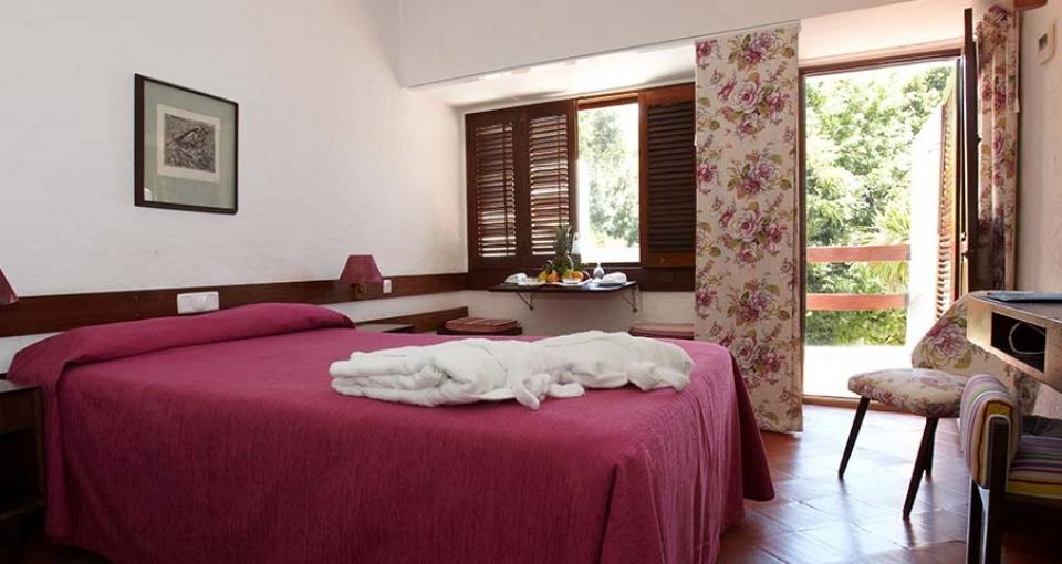 Eksempel på et standard værelse på Hotel do Mar.
