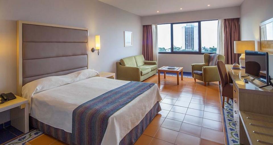 Eksempel på standard værelse hotel Memories Miramar.