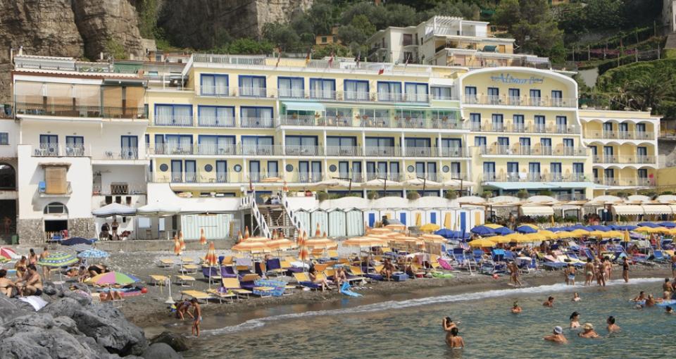 Mar Hotel Alimuri.
