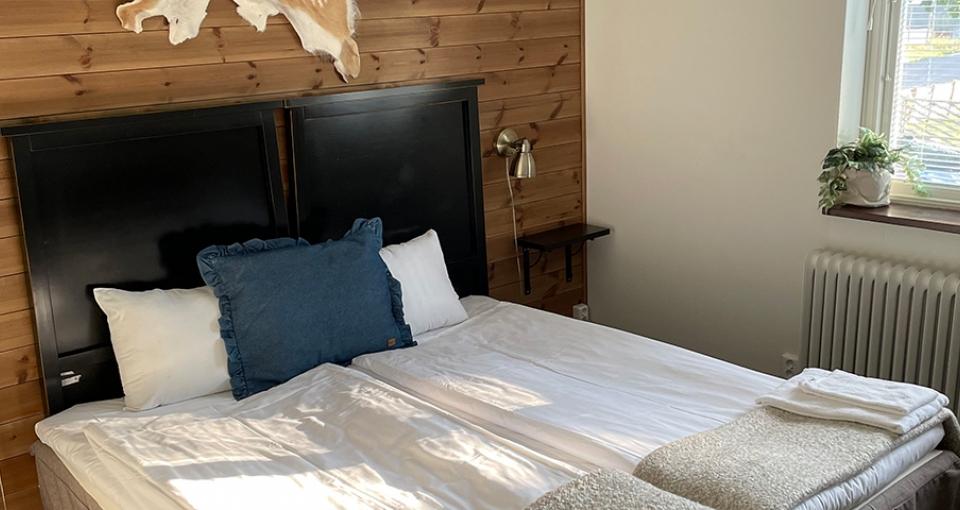 Eksempel på værelse på Kosta Lodge.