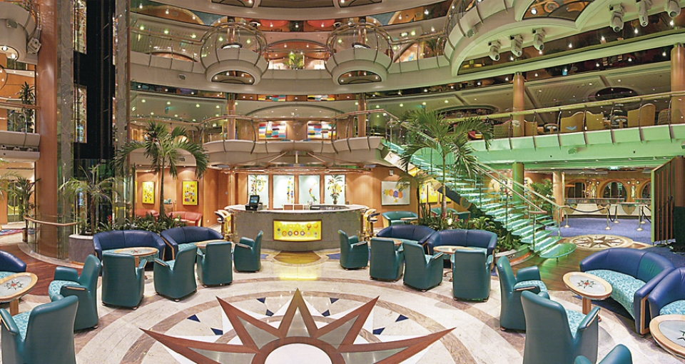 Centrum Bar på Jewel of the Seas.
