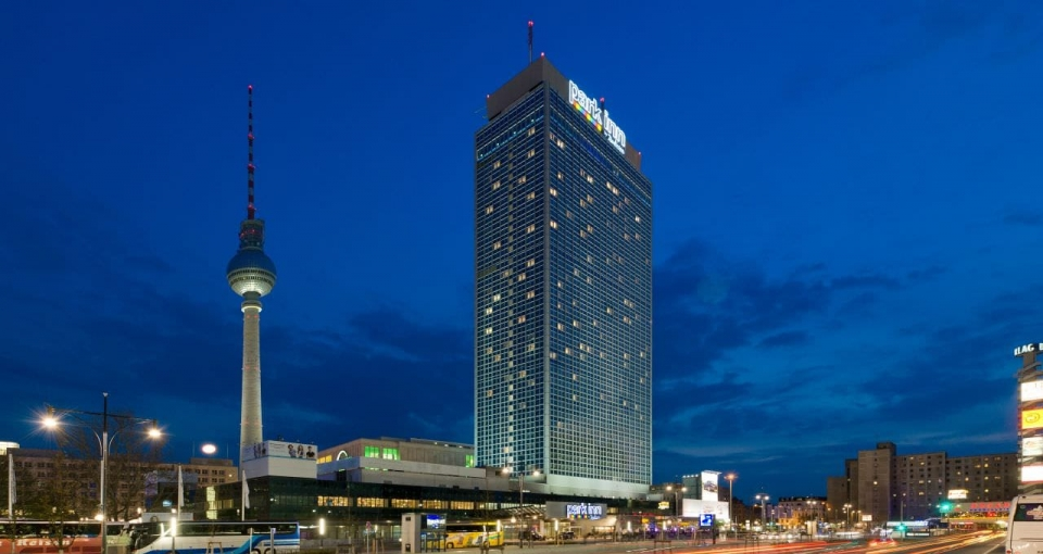 Park Inn by Radisson Berlin Alexanderplatz.