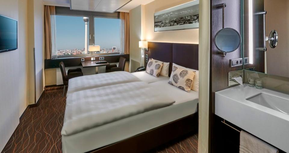 Standard værelse med udsigt til byen.