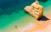 Algarvekystens gyldne strande og turkise vand.