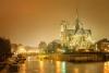 Aftenlys på Notre Dame.