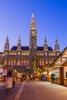 Julemarked ved rådhuset i Wien.