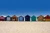 Farvede strandhuse i Brighton.