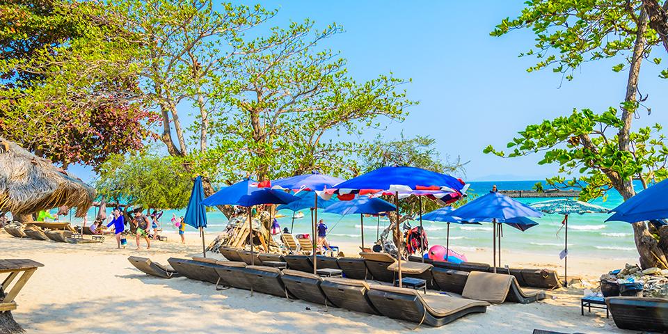 Afslapning ved stranden i Pattaya.