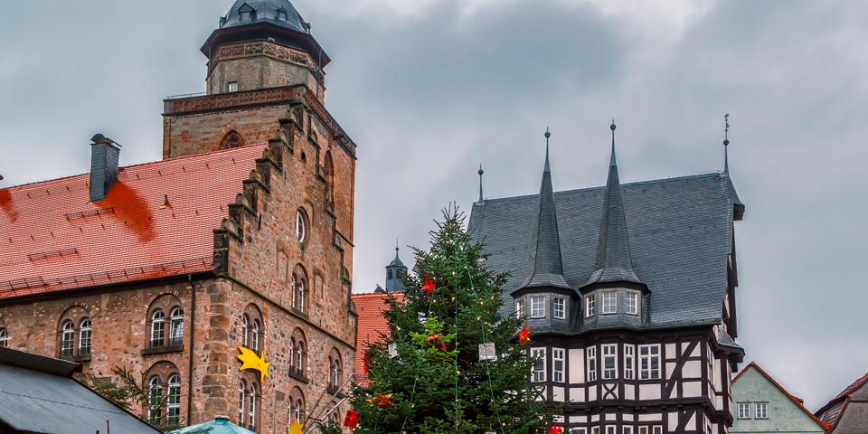 Juletræ på torvet i Alsfeld.