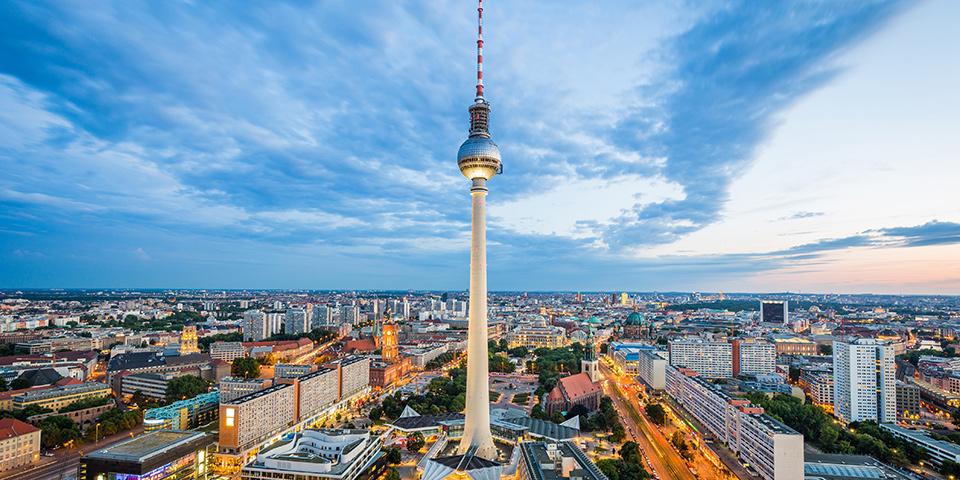 Fra TV-tårnet har vi en formidabel udsigt over Berlin.