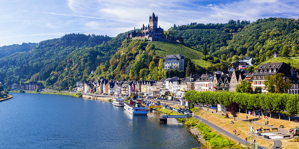 Cochem ved Moselfloden.