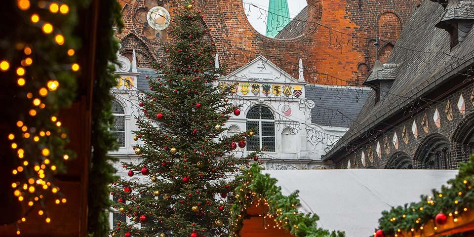 Julemarkedet i Lübeck er byder på masser af julestemning.