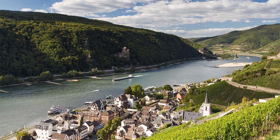 Assmannshausen ligger smukt ved Rhinen.