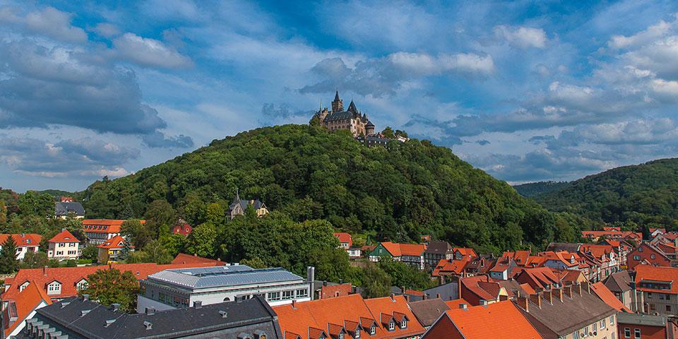 Over Wernigerode troner byens flotte slot.
