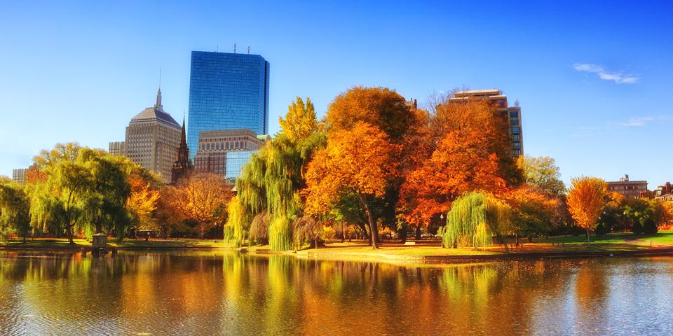 Boston klædt i efterårsfarver.
