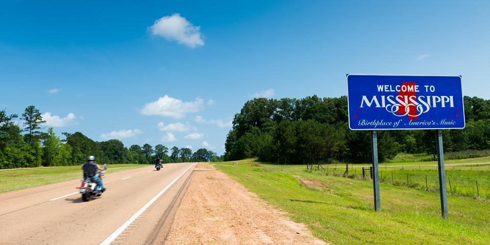 Statsgrænsen mellem Tennessee og Mississippi.