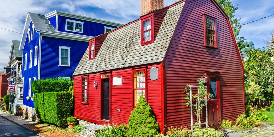 Farvede huse på Rhode Island.
