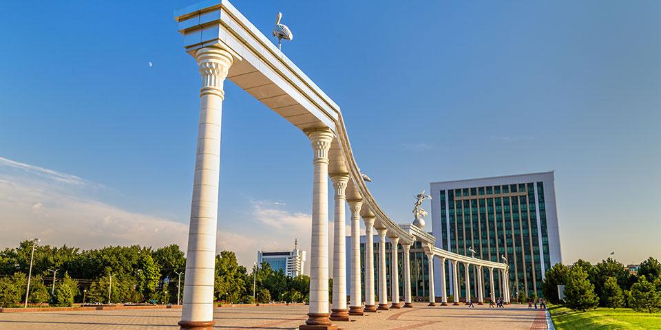 Mustakillikpladsen i Tashkent.